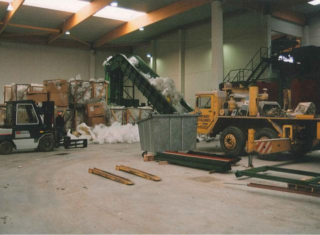 Galloo Konstruktie afvalverwerking transportband bunkers balenpers